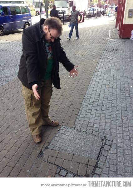 funny-ocd-person-sidewalk