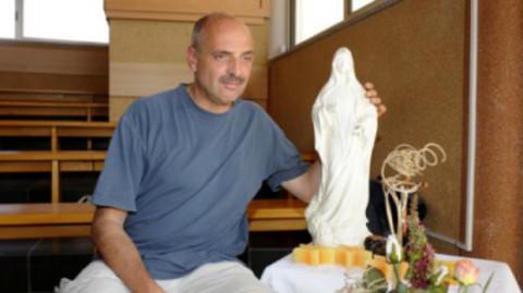 Paolo Brosio con la Madonna.