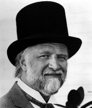 Richard Matheson con cilindro.