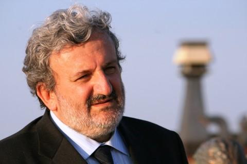 Michele Emiliano promotore del Reddito di Dignità