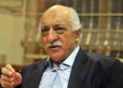 Gülen, che Erdogan indica come ideatore del golpe