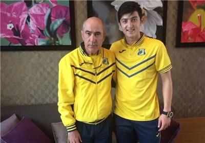 Berdyev e Azmoun (fonte:russianfootballnews.com)