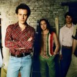 Anni '90 – Radiofreccia: la provincia, la troca e Guccini barista