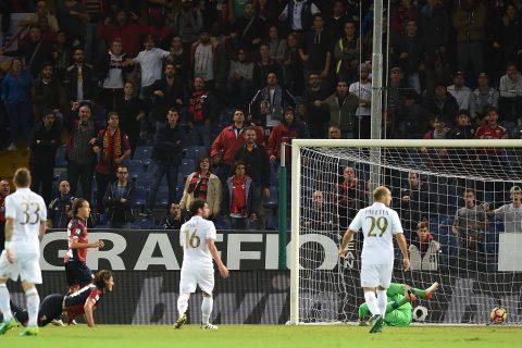 Una dimostrazione dei problemi difensivi del Milan: i giocatori si fanno i cazzi loro mentre Ninkovic segna - FOTO: Nanopress