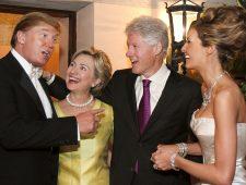 I Clinton e i Trump in tempi migliori, al matrimonio di questi ultimi. (People)