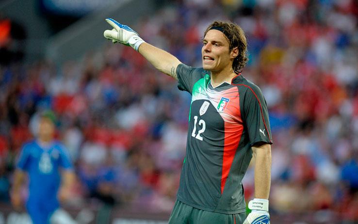 Federico Marchetti con la maglia dell'Italia contro la Svizzera in amichevole foto: lapresse