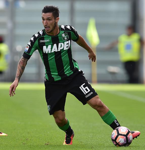 Matteo Politano in campo contro il Genoa, foto: gettyimages