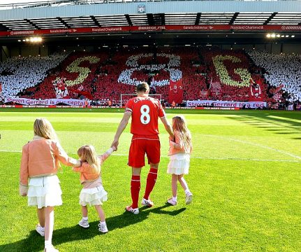 L'ultimo saluto della Kop. (Liverpool FC, via Getty Images)