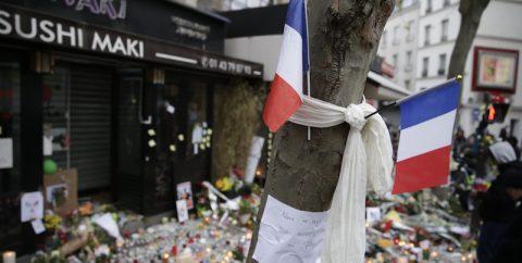 """""""Non vi lasceremo rovinare la vita dei nostri figli"""" (Foto Kenzo Tribouillard/AFP/Getty Images)"""