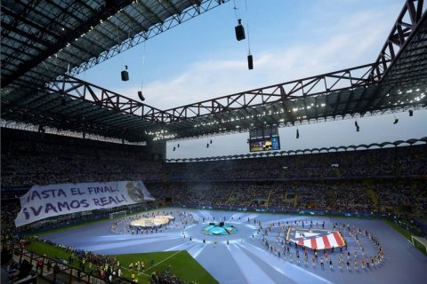 Coreografia durante la finale di Champions League tra Real e Atletico, fonte corriere.it