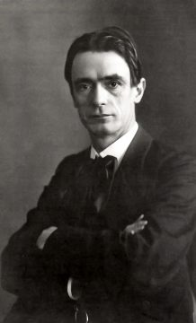 Immagine di Rudolf Steiner nel 1905.