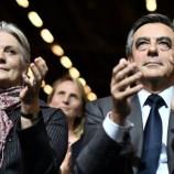 Francia: i Républicains nella tela di Penelope Fillon
